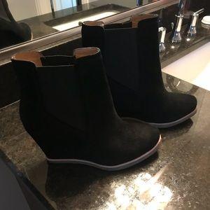 Splendid Black Suede bootie